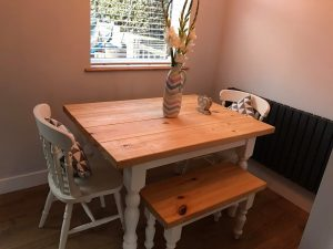 Traditional Farmhouse Dining Table and chairs set